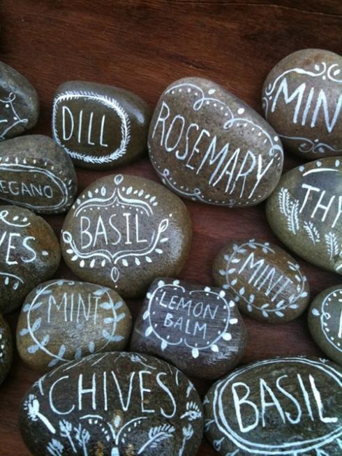 idea para decorar con piedras esta vez le toca al huerto urbano 2
